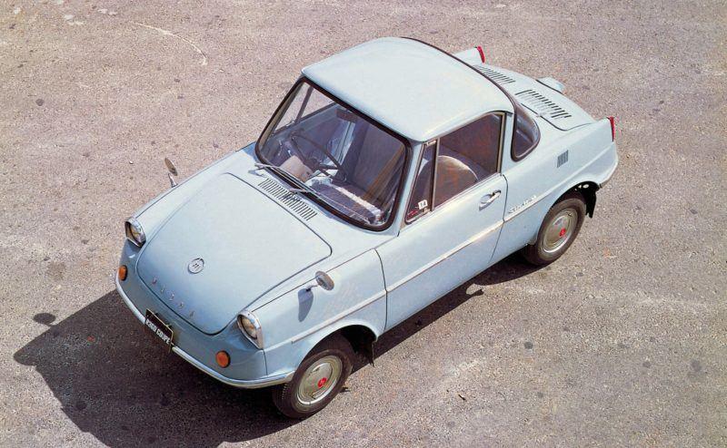 Zu den Mazda Oldtimern im Mazda Classic Automobil Museum Frey gehört auch ein Mazda R360 Coupe von 1960.