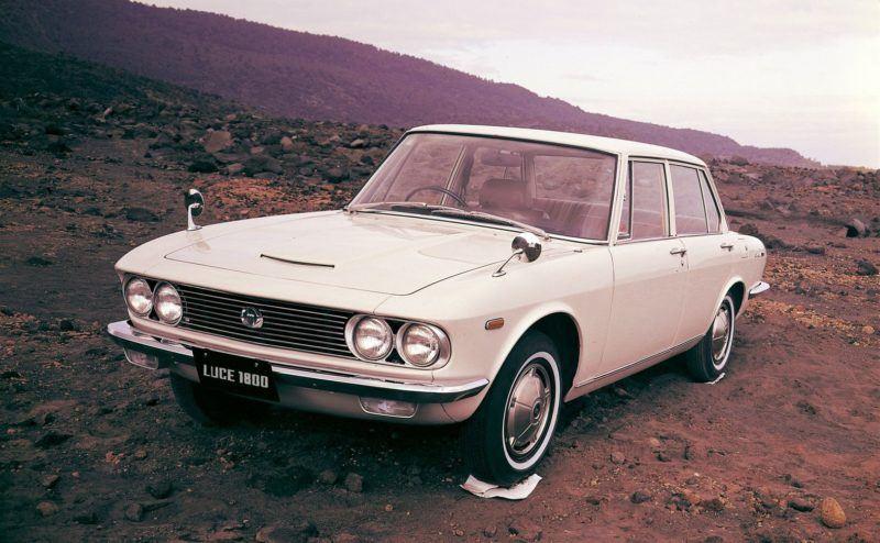 Japanische Automobilgeschichte findet sich in jedem historischen Modell im augsburger Automuseum.